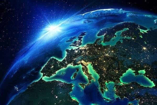 Southern Shore to Northern Plain: Europe Awards EUR 100m in Language Contracts