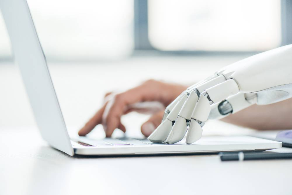 Survey Examines Machine Translation Post-Editing Among Freelancers and LSPs